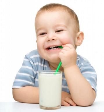 Trẻ nhỏ nên uống sữa Hikid mỗi ngày