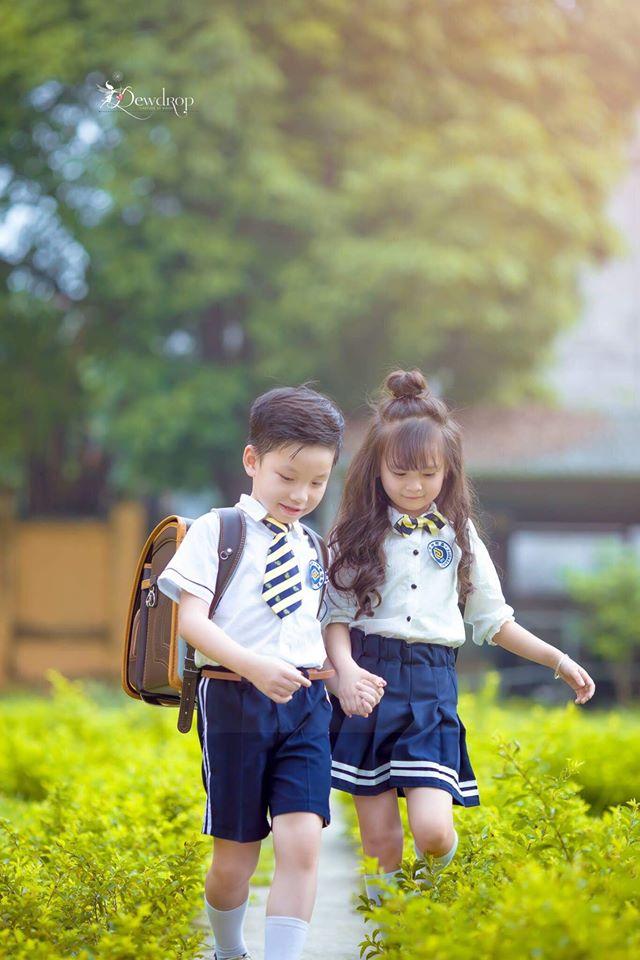 """Sau kỷ yếu mẫu giáo, Hoa khôi nhí Tuyên Quang lại khiến dân mạng sục sôi với bộ ảnh """"Tạm biệt lớp 1"""" - Ảnh 24."""
