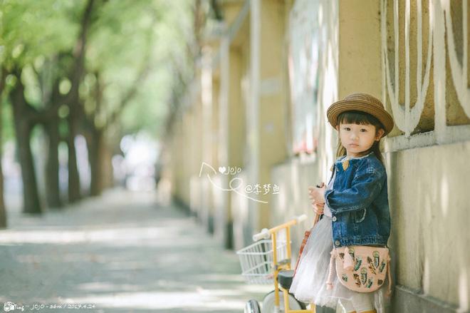 Bé gái 3 tuổi vụt sáng thành ngôi sao mạng xã hội sau khi bố khoe hàng trăm bức ảnh chụp con gái - Ảnh 19.