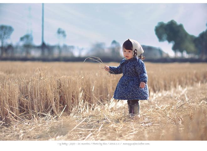 Bé gái 3 tuổi vụt sáng thành ngôi sao mạng xã hội sau khi bố khoe hàng trăm bức ảnh chụp con gái - Ảnh 15.