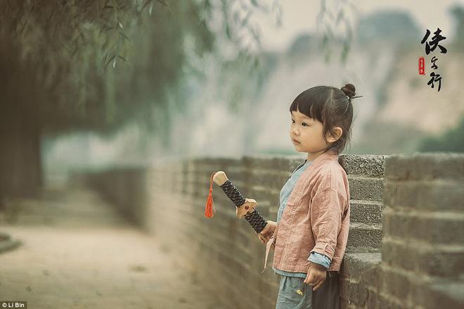 Bé gái 3 tuổi vụt sáng thành ngôi sao mạng xã hội sau khi bố khoe hàng trăm bức ảnh chụp con gái - Ảnh 22.