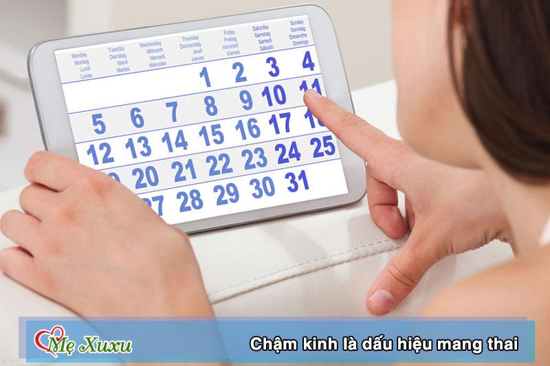 Chậm kinh từ 2 - 7 ngày là dấu hiệu mang thai ở tuần đầu tiên