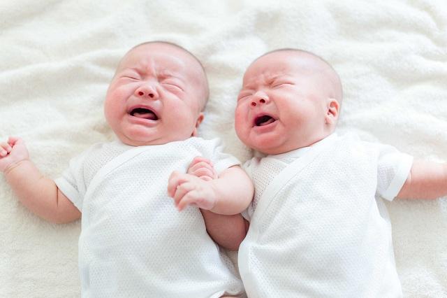 Quấy khóc trước khi ngủ là hiện tượng thường gặp ở trẻ em